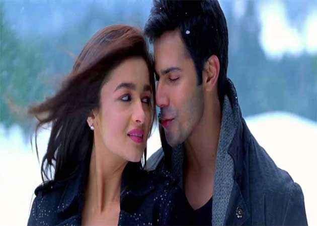 Student of the Year Varun Dhawan Alia Bhatt In Romance Stills