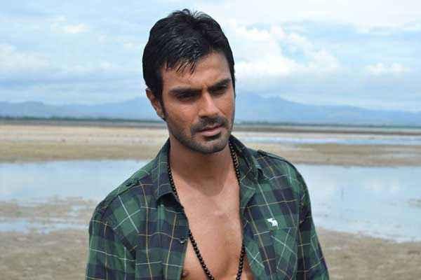 Super Model Ashmit Patel Hot Photo Stills