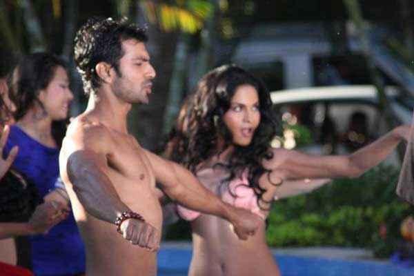 Super Model Veena Malik Ashmit Patel Pics Stills