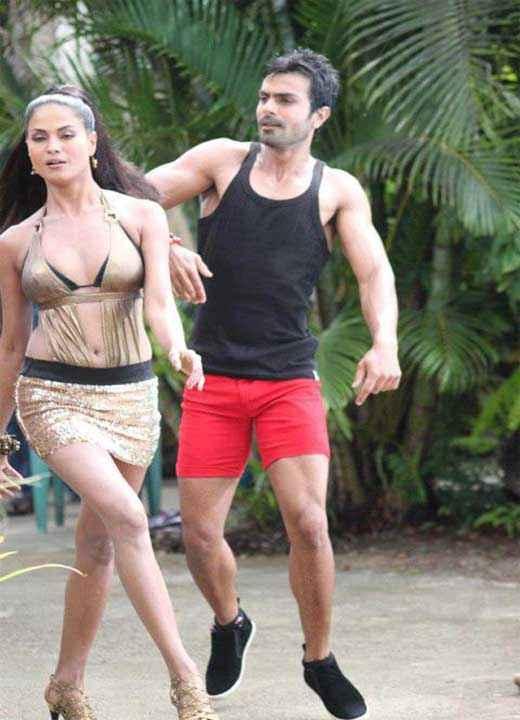 Super Model Veena Malik Ashmit Patel Stills
