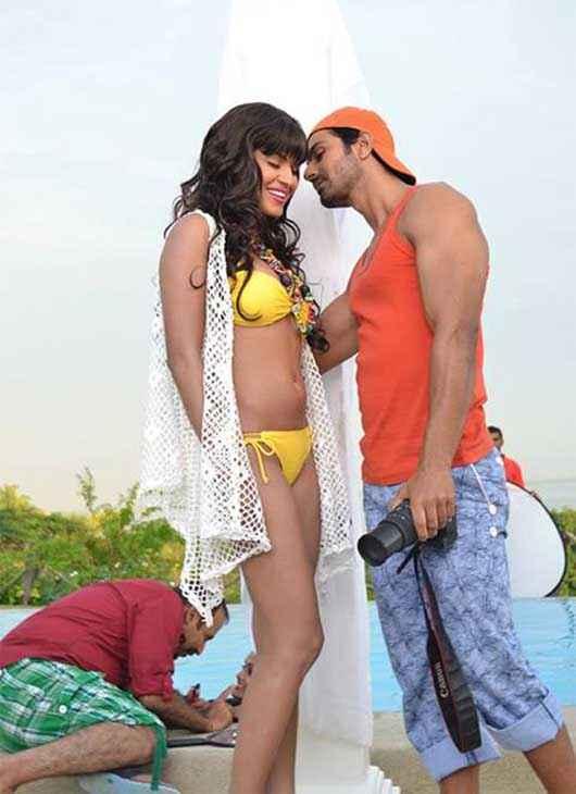 Super Model Veena Malik Yellow Bikini Stills