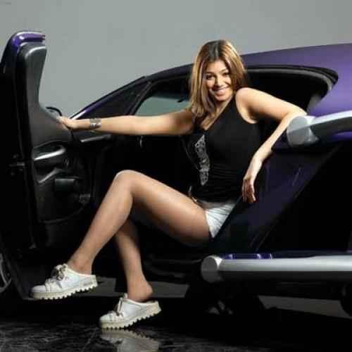 Taarzan - The Wonder Car Ayesha Takia Sexy Short Dress With Car Stills