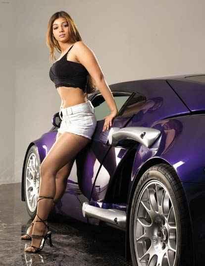 Taarzan - The Wonder Car Hot Ayesha Takia Short Dress With Car Stills