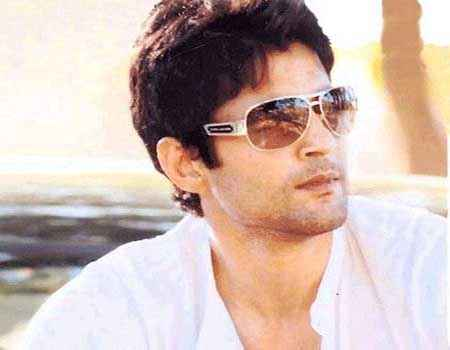 Table No. 21 Star Cast Rajeev Khandelwal