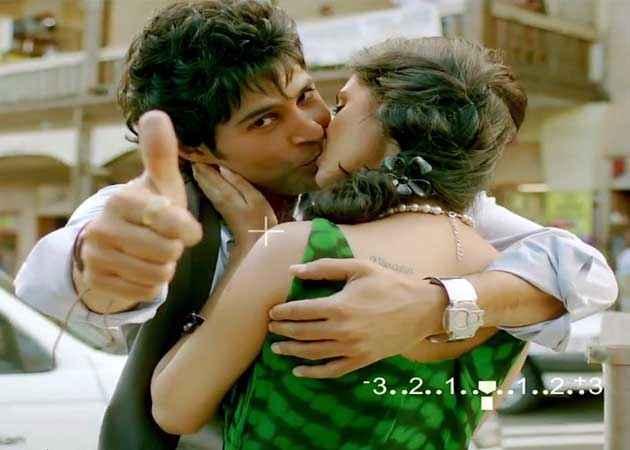 Table No. 21 Rajeev Khandelwal Tena Desae Kissing Scene Stills