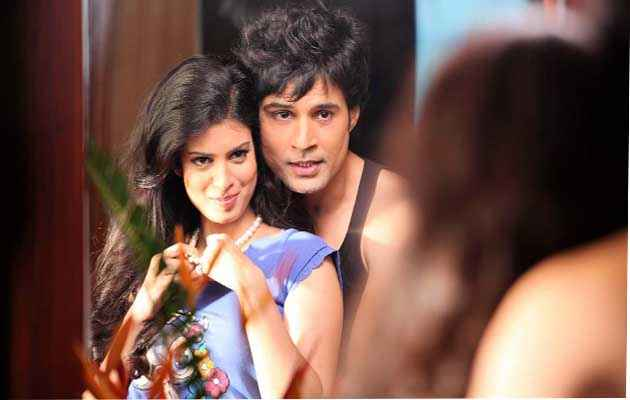 Table No. 21 Rajeev Khandelwal Tena Desae Romance Stills