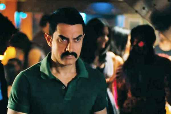 Talaash 2012 Aamir Khan Stills