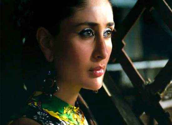 Talaash 2012 Kareena Kapoor in Scene Stills
