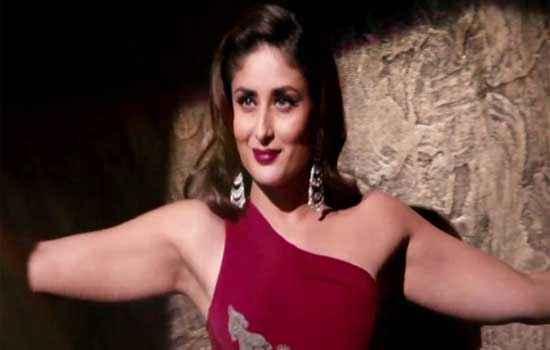 Talaash 2012 Kareena Kapoor Sexy Pics Stills