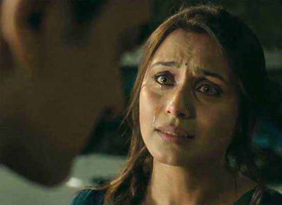 Talaash 2012 Rani Mukerji Sad Scene Stills
