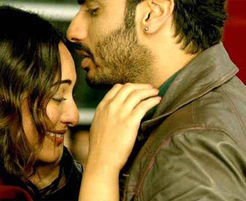Tevar Arjun Kapoor Sonakshi Sinha Crying Scene Stills