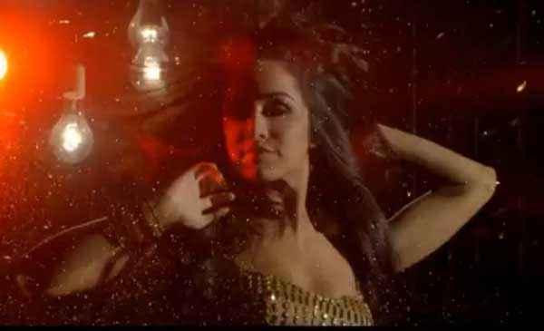 Ungli Neha Dhupia Dance Stills