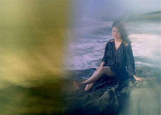 Veerana Jasmin Hot Photoshoot Stills