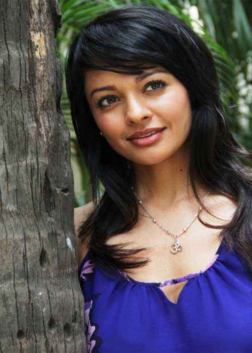 Vishwaroop Star Cast Pooja Kumar