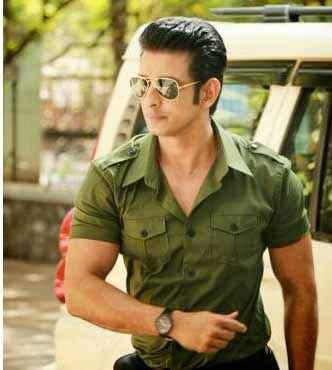 Wajah Tum Ho Sharman Joshi Stills