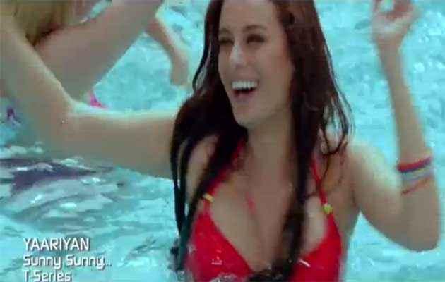 Yaariyan Evelyn Sharma Hot Boobs Stills