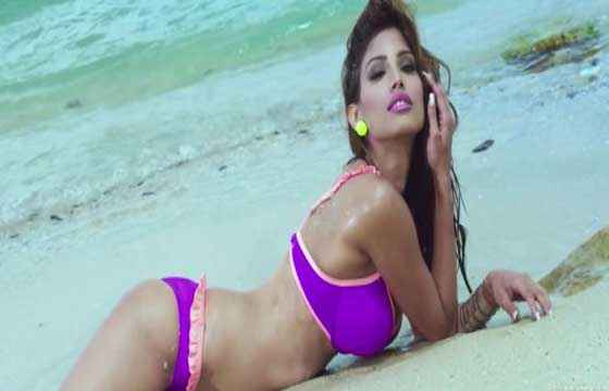Yaariyan Nicole Faria In Hot Bikini Stills