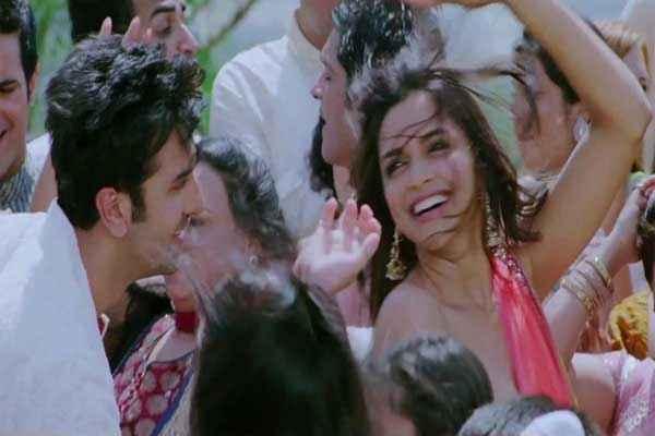 Yeh Jawaani Hai Deewani Dance Scene Stills