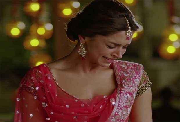 Yeh Jawaani Hai Deewani Deepika Padukone in Sad Scene Stills