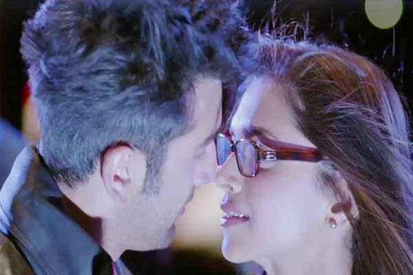 Yeh Jawaani Hai Deewani Ranbir Kapoor Deepika Padukone Hot Pics Stills