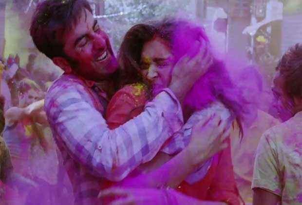 Yeh Jawaani Hai Deewani Ranbir Kapoor Deepika Padukone in Holi Scene Stills