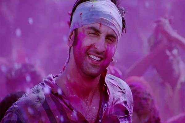 Yeh Jawaani Hai Deewani Ranbir Kapoor in Holi Scene Stills