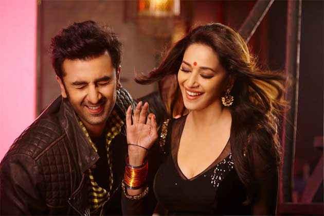 Yeh Jawaani Hai Deewani Ranbir Madhuri Ghagra Song Stills
