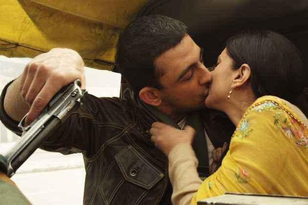 Yeh Saali Zindagi Arunoday Singh Aditi Rao Hydari Kissing Scene Stills