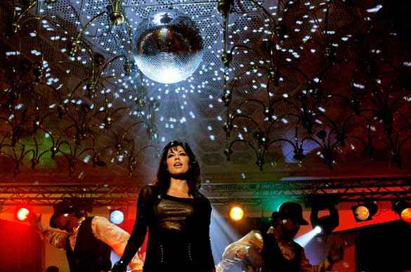 Yeh Saali Zindagi Chitrangada Singh Black Dress Stills