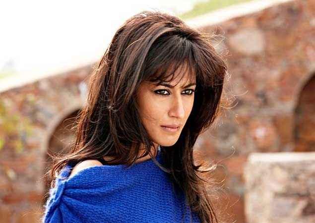 Yeh Saali Zindagi Chitrangada Singh Blue Skirt Stills