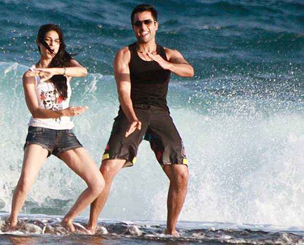 Youngistaan Jackky Bhagnani Neha Sharma On Beach Stills