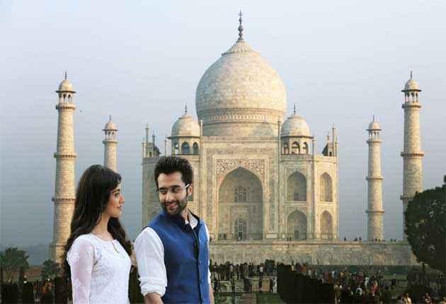 Youngistaan Jackky Bhagnani Neha Sharma With Tajmahal Stills