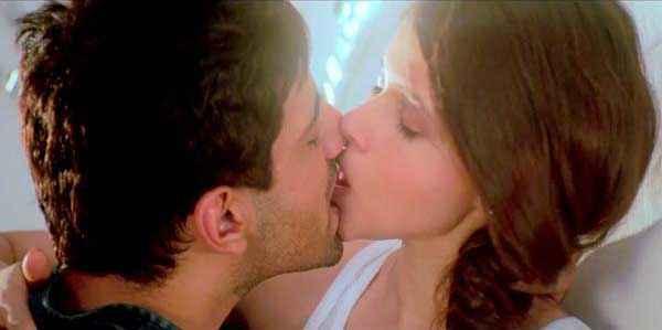 Zid Karanvir Sharma Barbie Handa Kiss Scene Stills