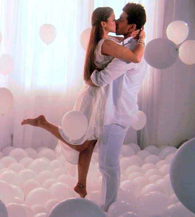 Zid Karanvir Sharma Barbie Handa Romantic Kissing Scene Stills