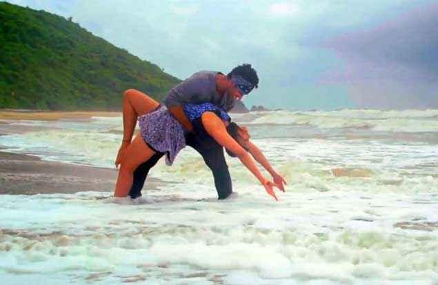 Zid Karanvir Sharma Barbie Handa Sexy Legs Pics In Water Stills