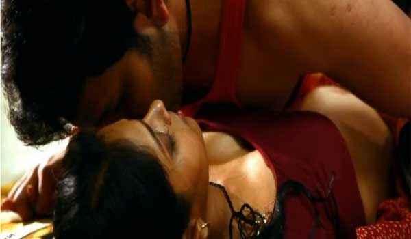 Zindagi 50 50 Hot Scene Stills