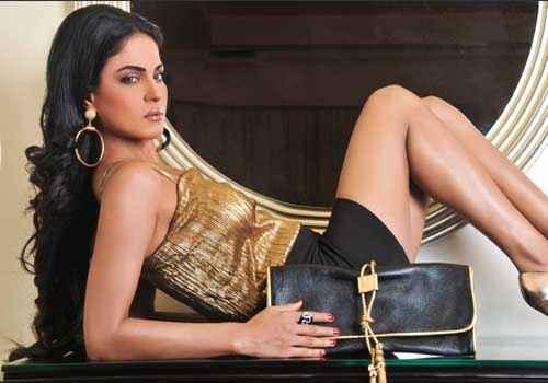 Zindagi 50 50 Veena Malik Pics Stills