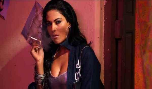 Zindagi 50 50 Veena Malik Smoking Pics Stills